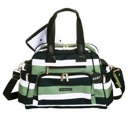 Bolsa-Everyday-Brooklyn---Verde-Oliva---Masterbag-